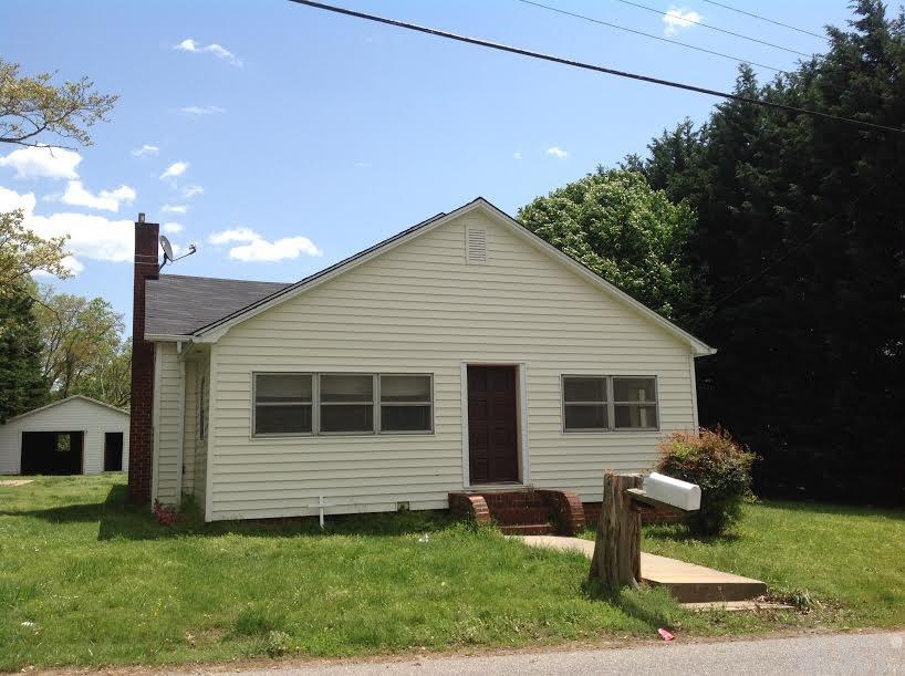 155 6th St Sw, Taylorsville, NC 28681