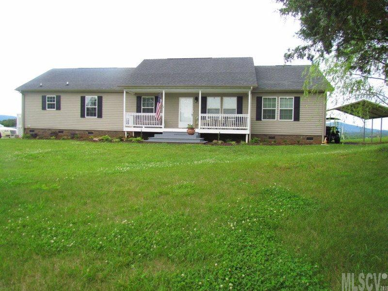 657 Hill River Rd, Hiddenite, NC 28636