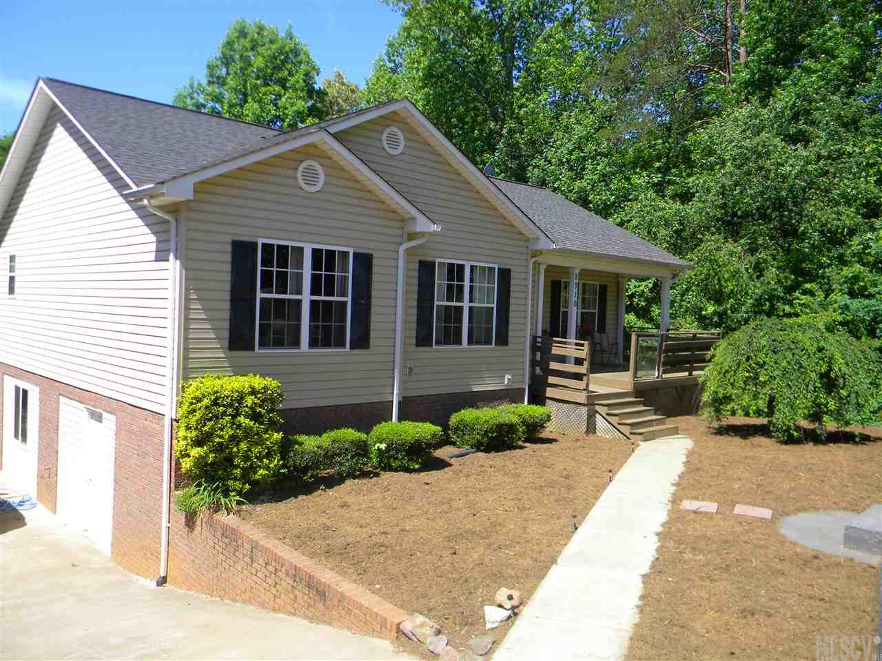 2310 39th Avenue Ct NE, Hickory, NC 28601