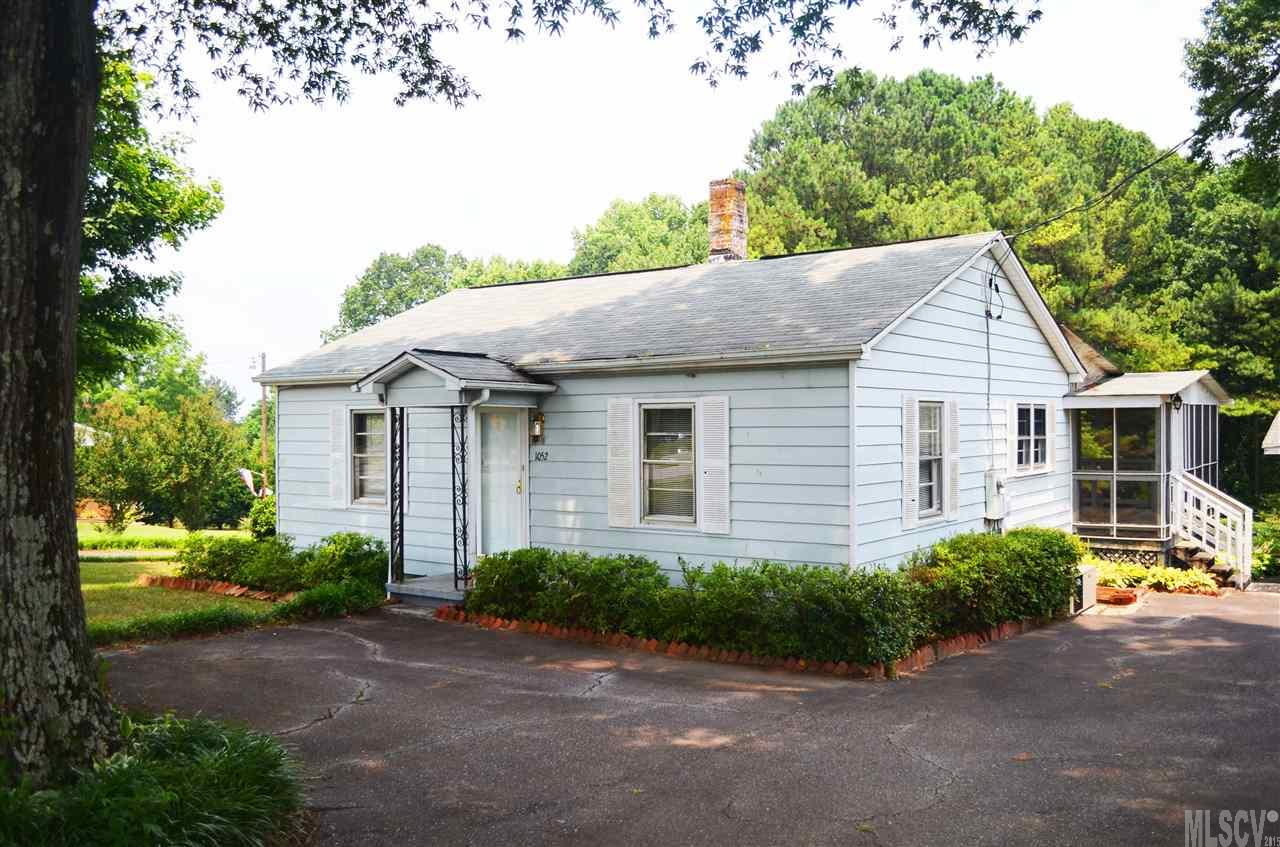 1052 Smyre Farm Rd, Newton, NC 28658