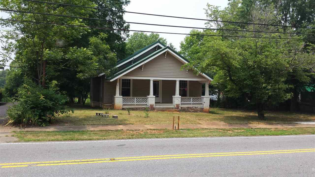 3084 W Main St, Claremont, NC 28610