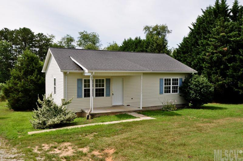 Real Estate for Sale, ListingId:34394873, location: 494 HERITAGE FARM RD Hickory 28601