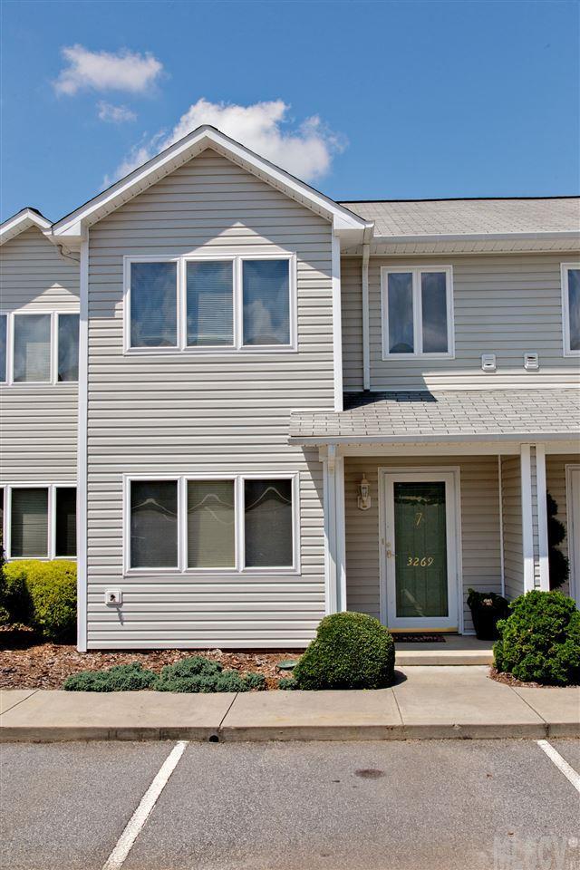 3269 White Oak Ct, Claremont, NC 28610