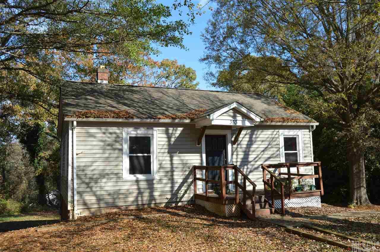 353 17th Ave Ne, Hickory, NC 28601