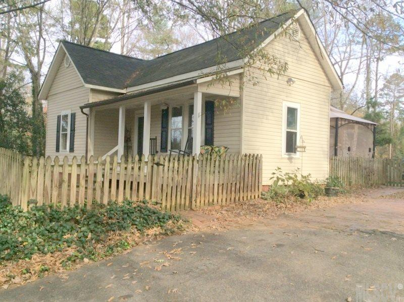 155 29th Ave Pl NW, Hickory, NC 28602