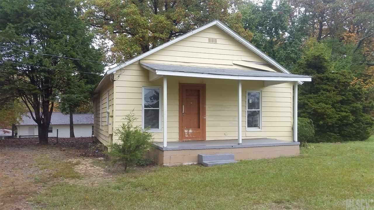 2410 13th Ave Sw, Hickory, NC 28602