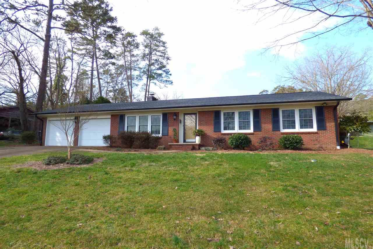 1577 11th St Nw, Hickory, NC 28601