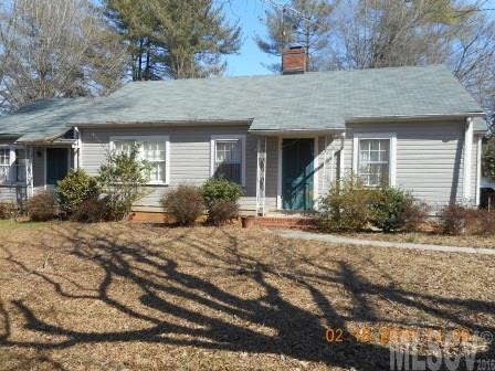 186 7th St Nw, Taylorsville, NC 28681