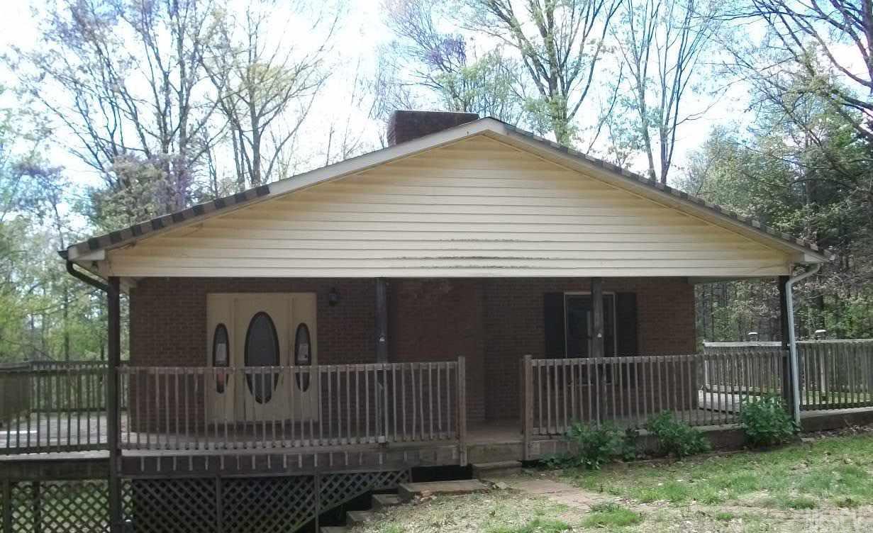 311 Shepherd Ct, Taylorsville, NC 28681