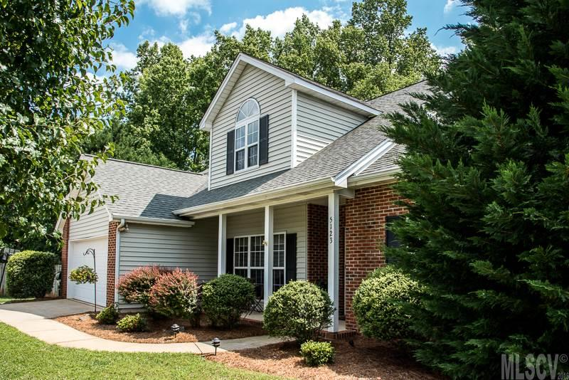 5123 Kristy Dr, Hickory, NC 28602