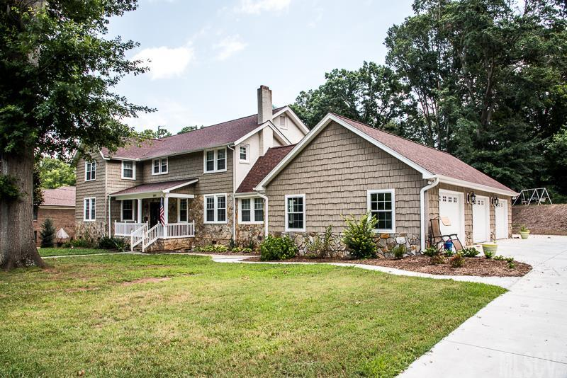 520 5th St Nw, Hickory, NC 28601