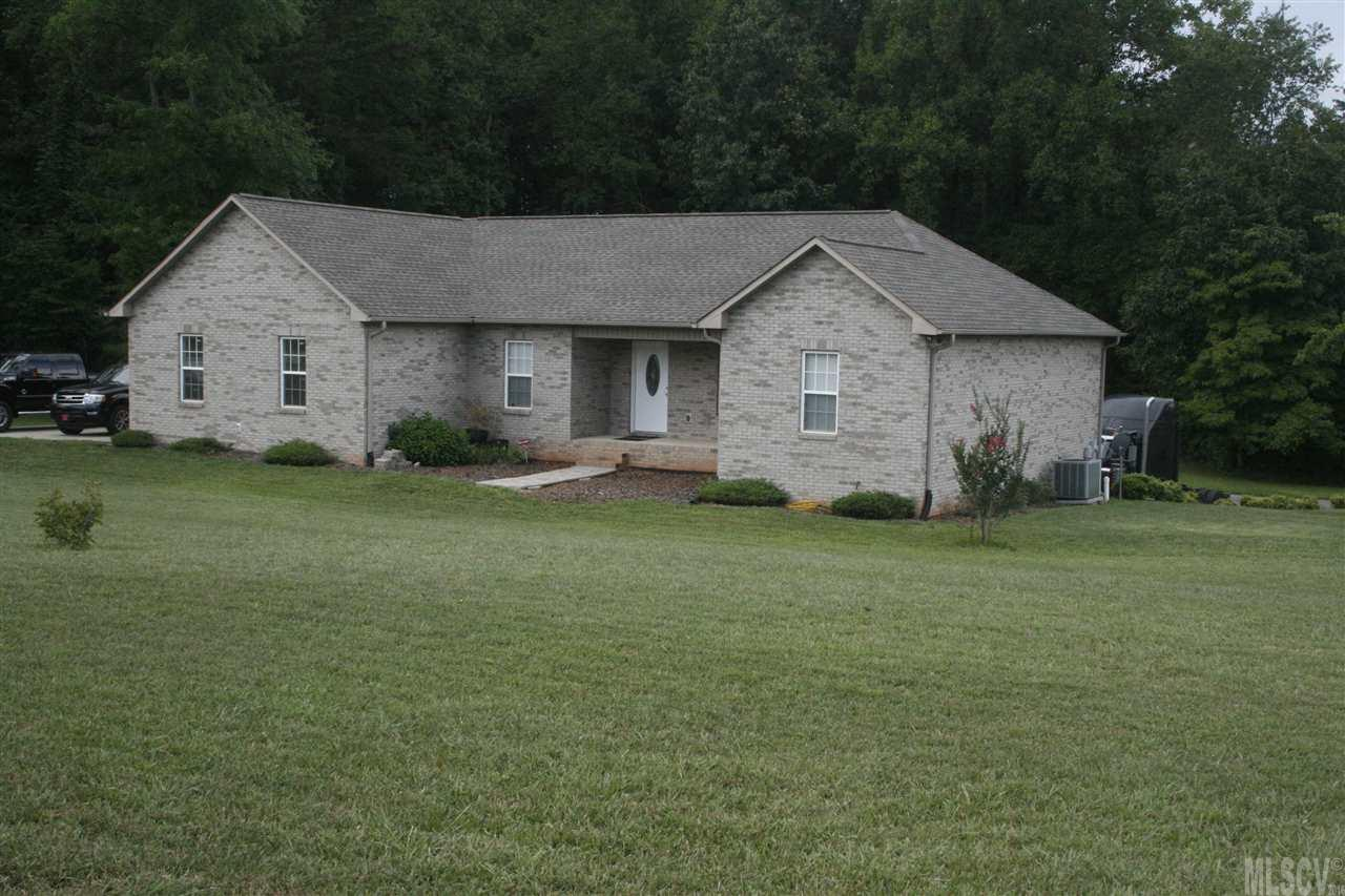 5956 Pittstown Rd, Hickory, NC 28602