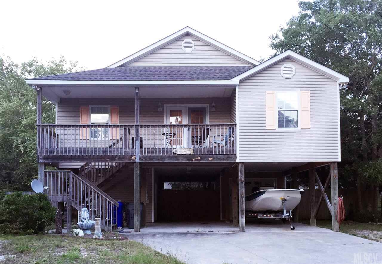 304 NE 43rd St, Oak Island, NC 28465