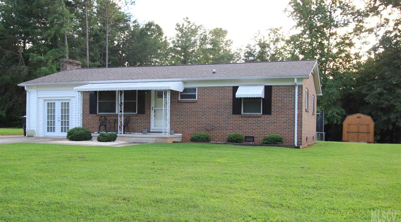 2714 W View Acres, Hickory, NC 28601