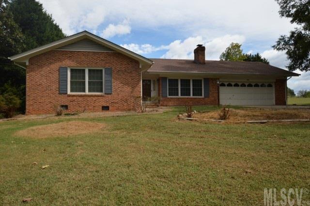 86 Hillsboro Rd, Taylorsville, NC 28681