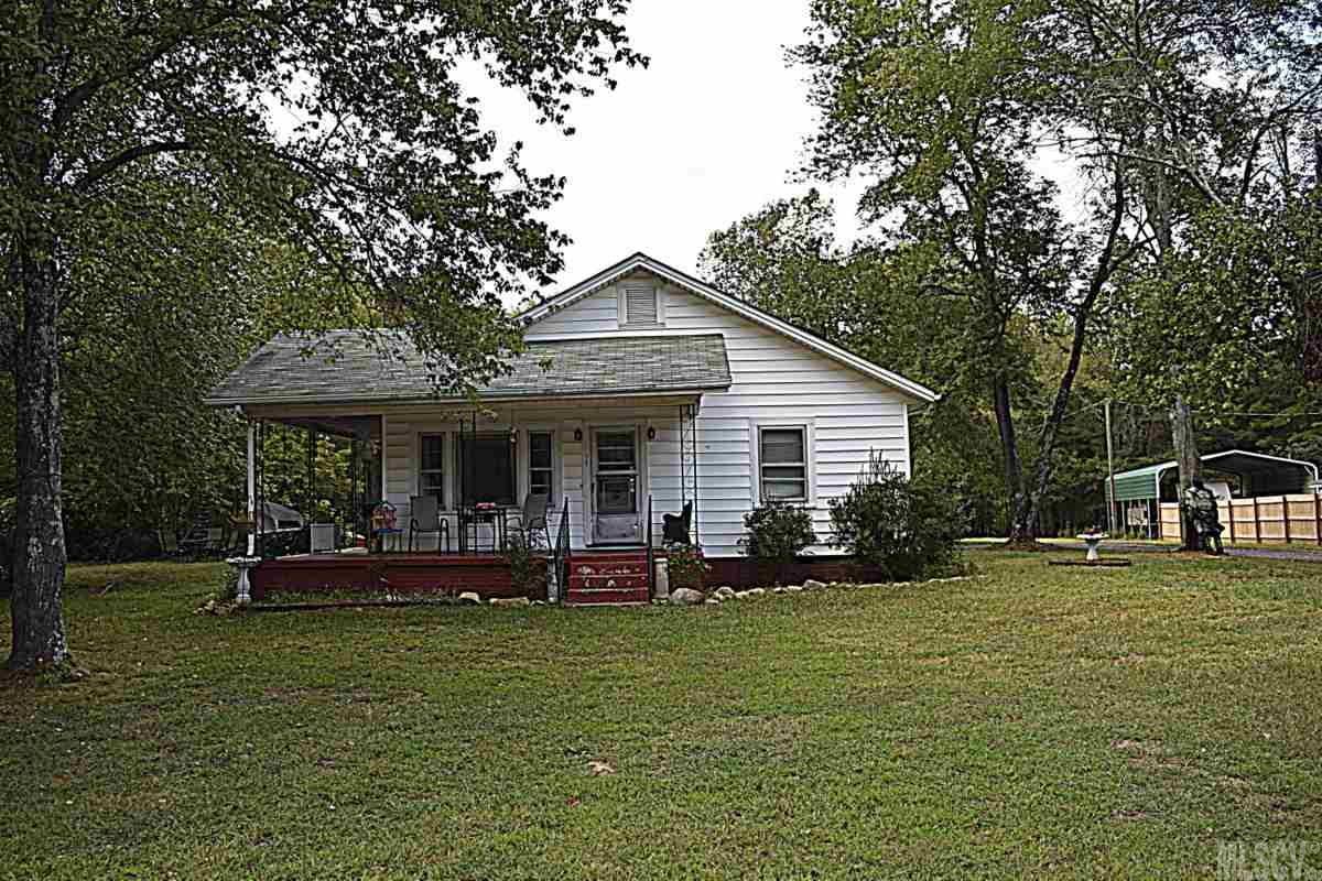 Photo of 141 CANIPE RD  Dallas  NC