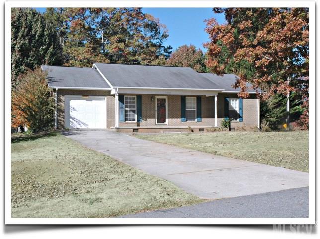 5517 Twelve Oak Ln, Conover, NC 28613