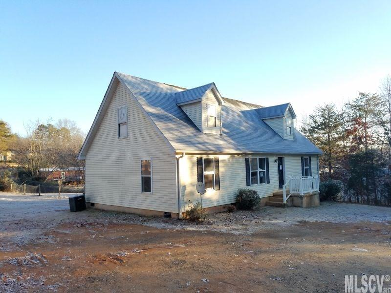 Photo of 7320 LITTLE MOUNTAIN RD  Sherrills Ford  NC