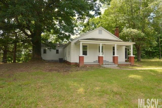 Photo of 2942 COUNTRYSIDE DR  Granite Falls  NC
