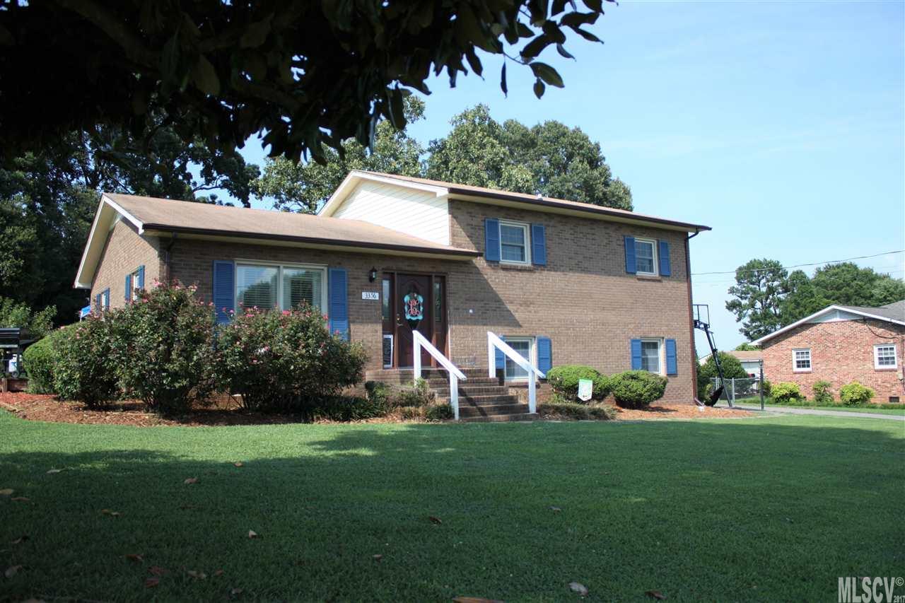 Split Level, Single Family - Claremont, NC (photo 1)