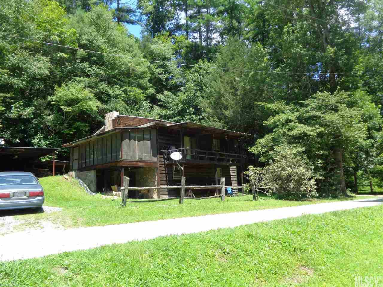 8394 HWY 90 Collettsville, NC 28611