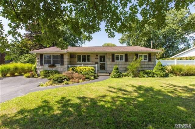 Photo of 128 Wyandanch Rd  Sayville  NY