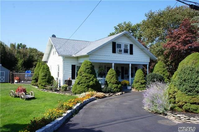 Photo of 48 Watchogue Ave  East Moriches  NY