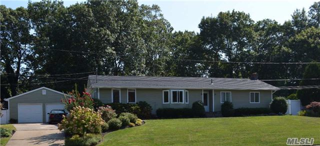 Photo of 28 Linda Ln  East Moriches  NY