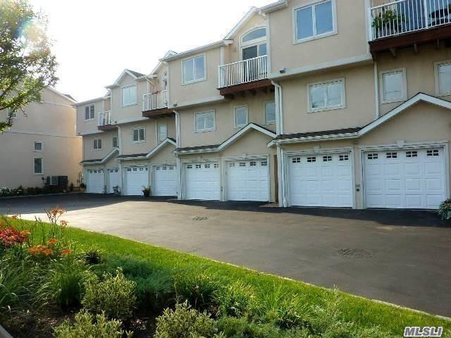 775 W Park Ave Long Beach, NY 11561