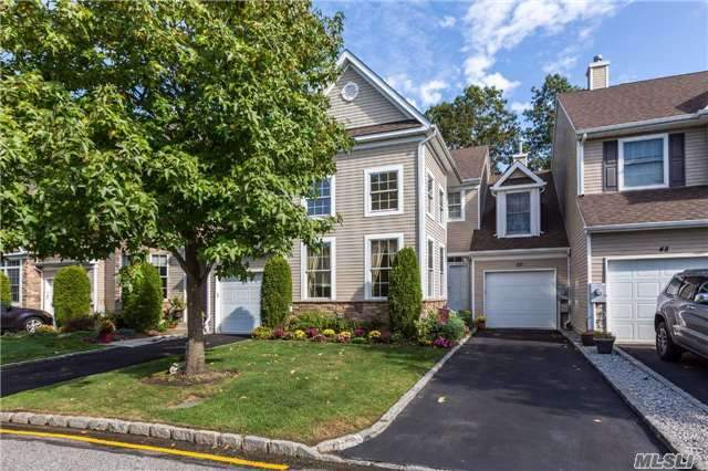 Photo of 50 Eagle Cir  Bohemia  NY