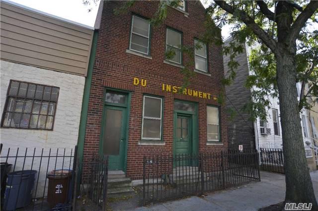 16-60 Stephen St Ridgewood, NY 11385