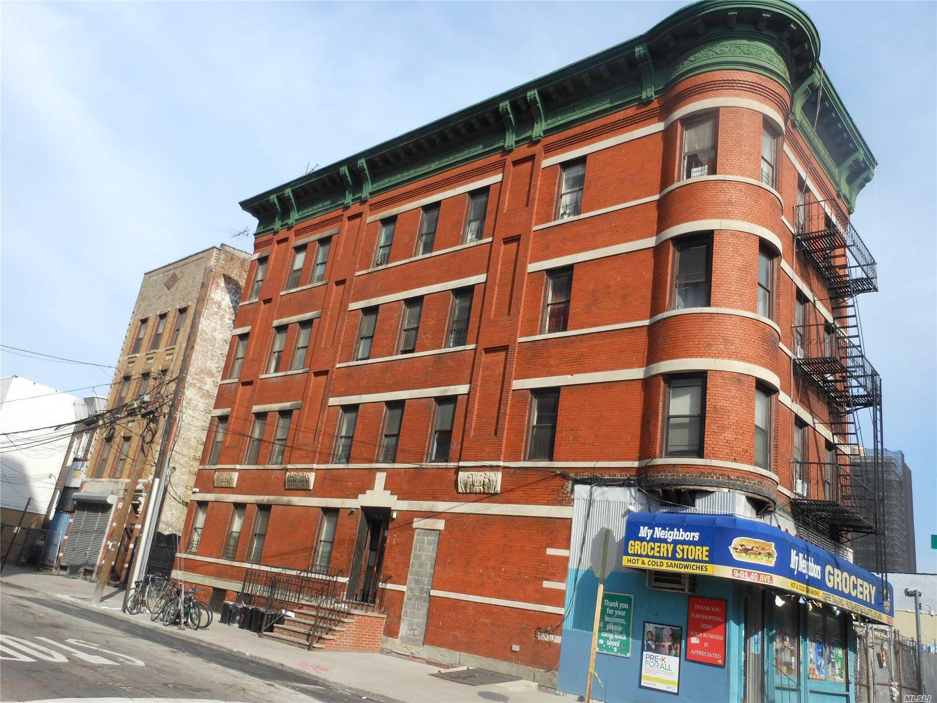 901 40 Ave Long Island City, NY 11101