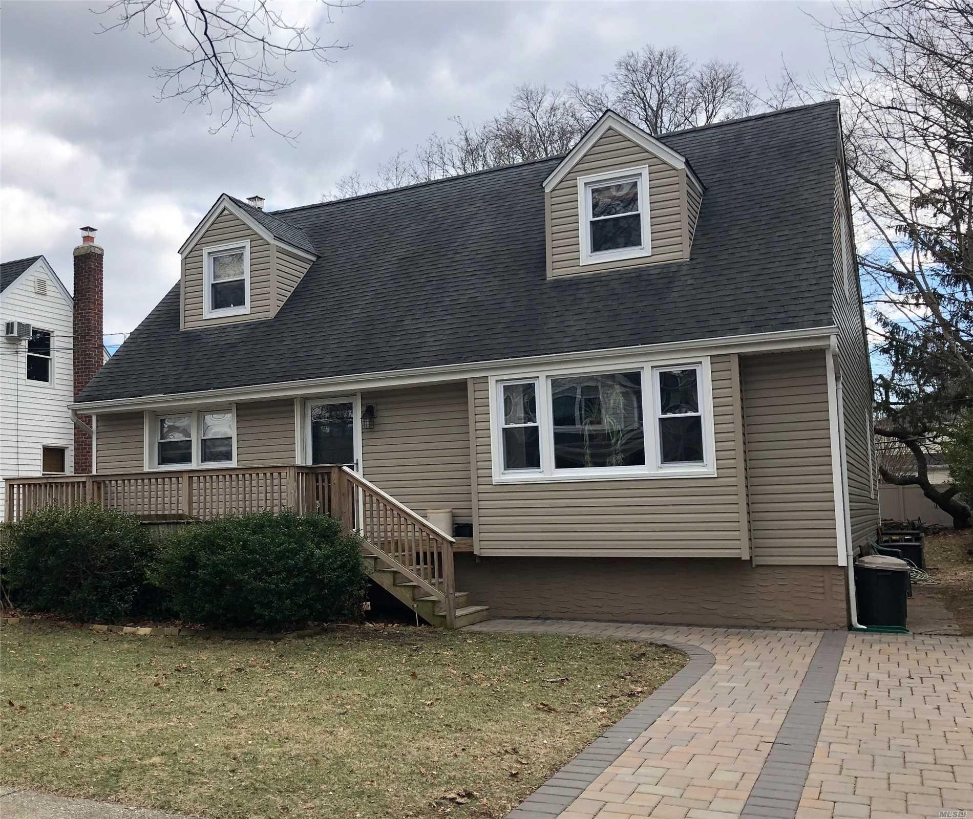 Residential, Cape - S. Hempstead, NY (photo 1)