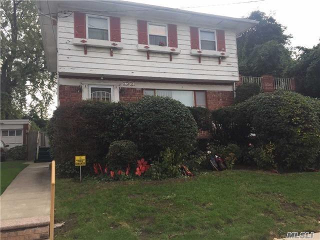 191-06 102 Ave Hollis, NY 11423