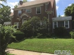 195 Ascan Ave Forest Hills, NY 11375