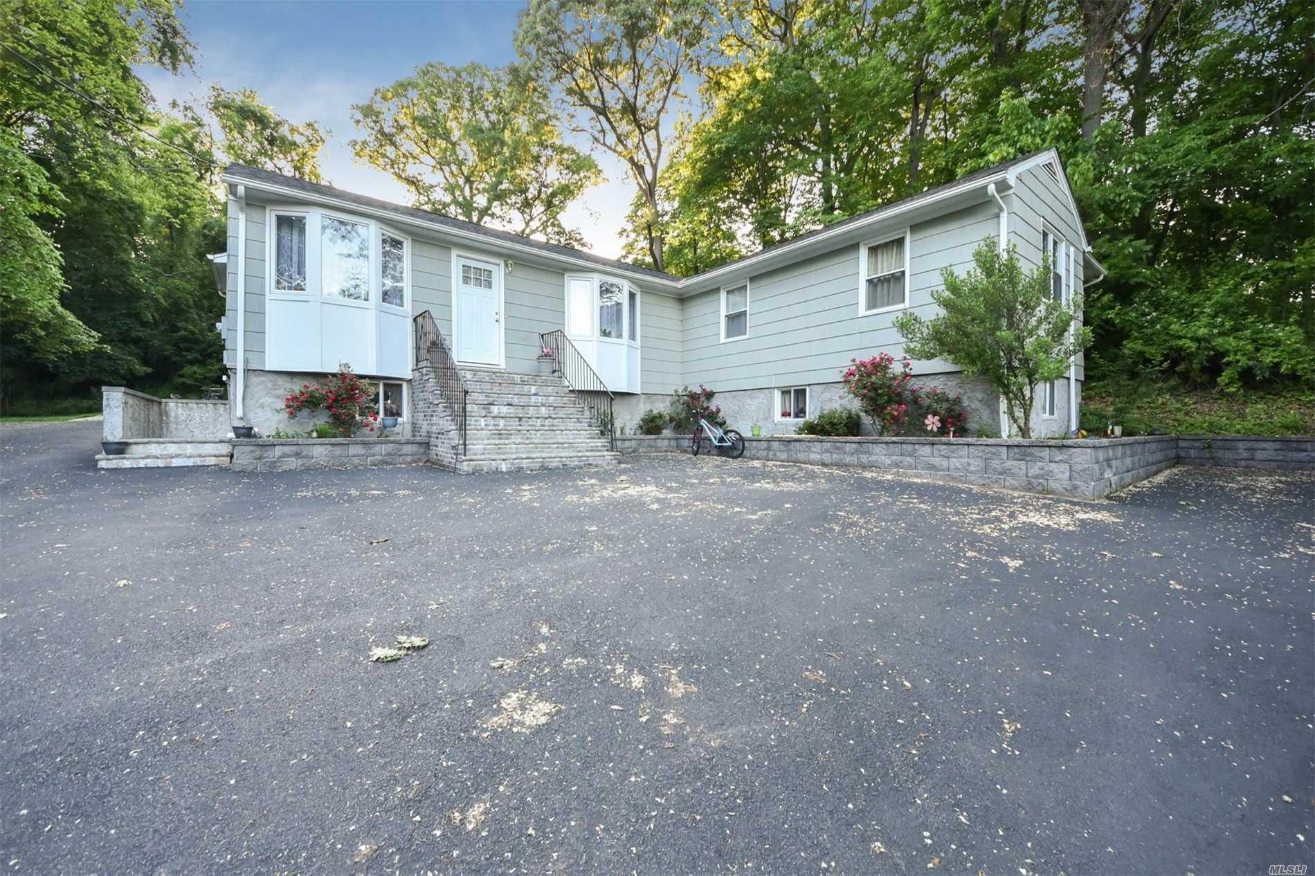 594 Cedar Swamp Rd Glen Head, NY 11545