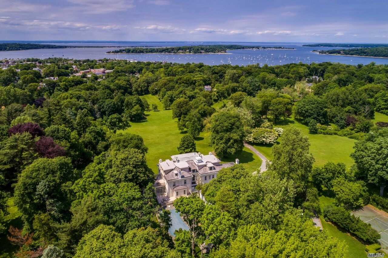 primary photo for 313 Mccouns Ln, Oyster Bay Cove, NY 11771, US