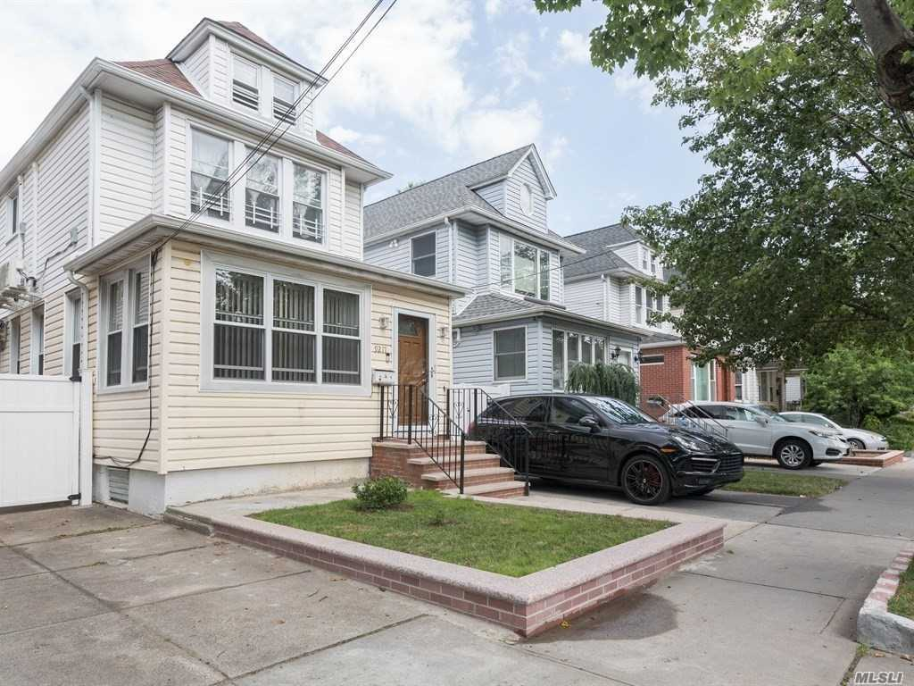92-17 71st Ave Forest Hills, NY 11375