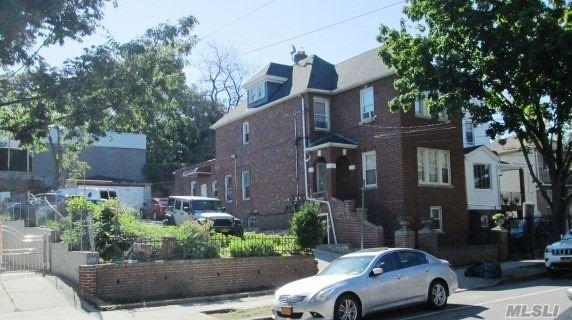31-37 101st St E. Elmhurst, NY 11369