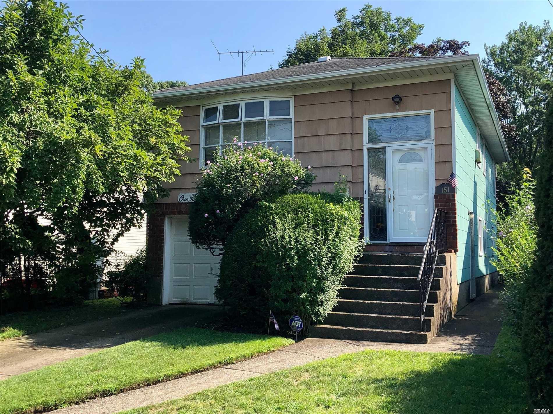 151 Norwood Ave Malverne, NY 11565
