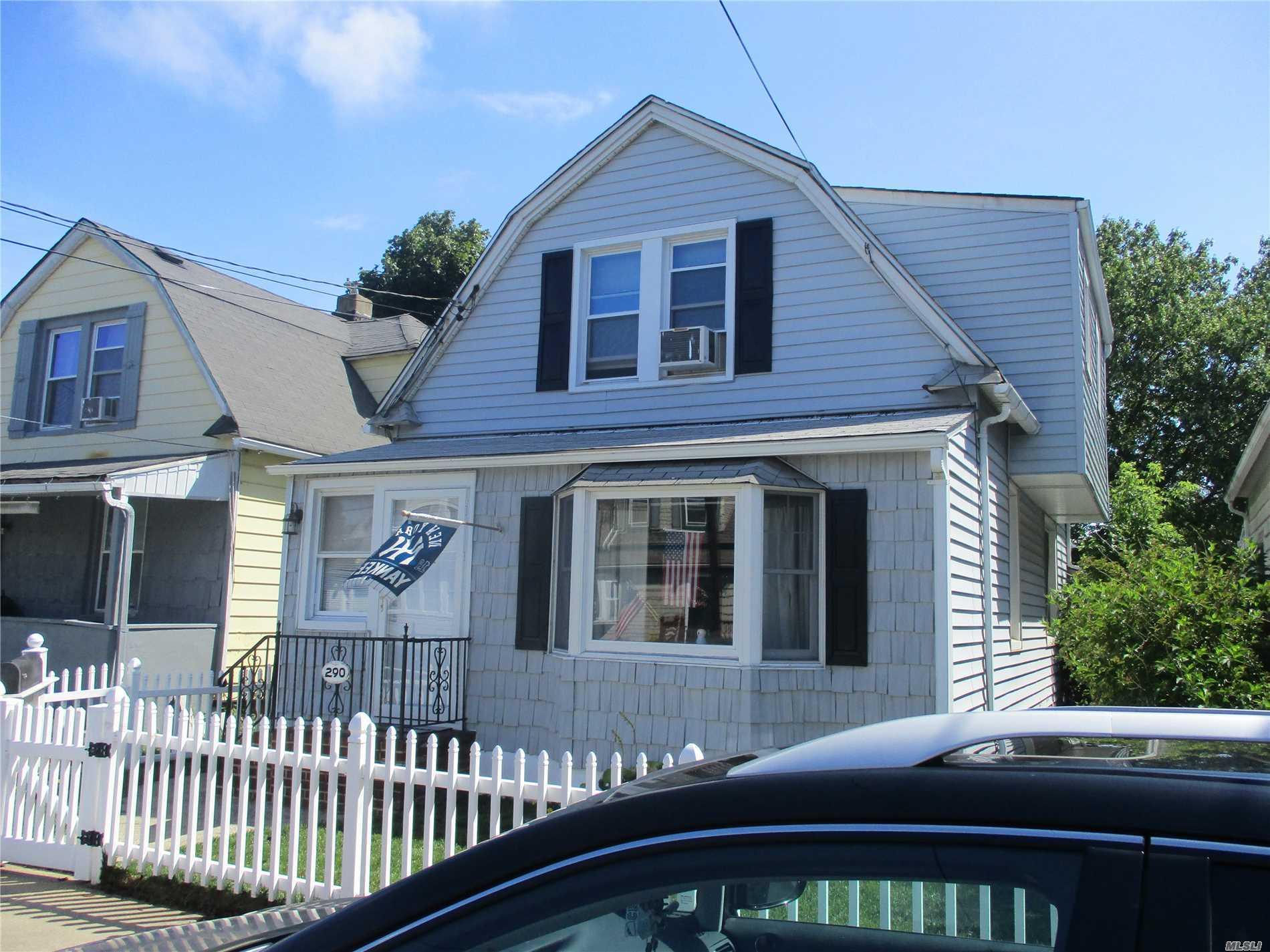 290 Clinton Ave Cedarhurst, NY 11516