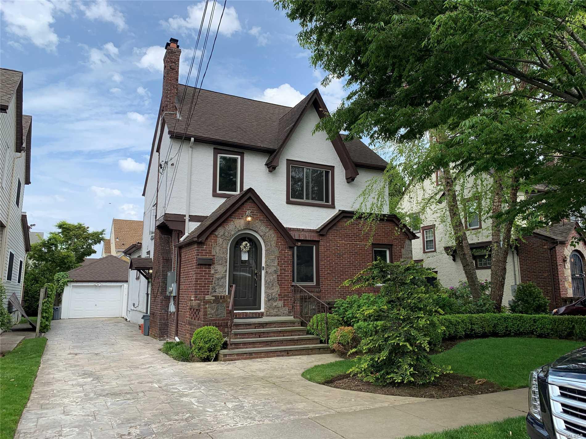 235 Colony St W. Hempstead, NY 11552