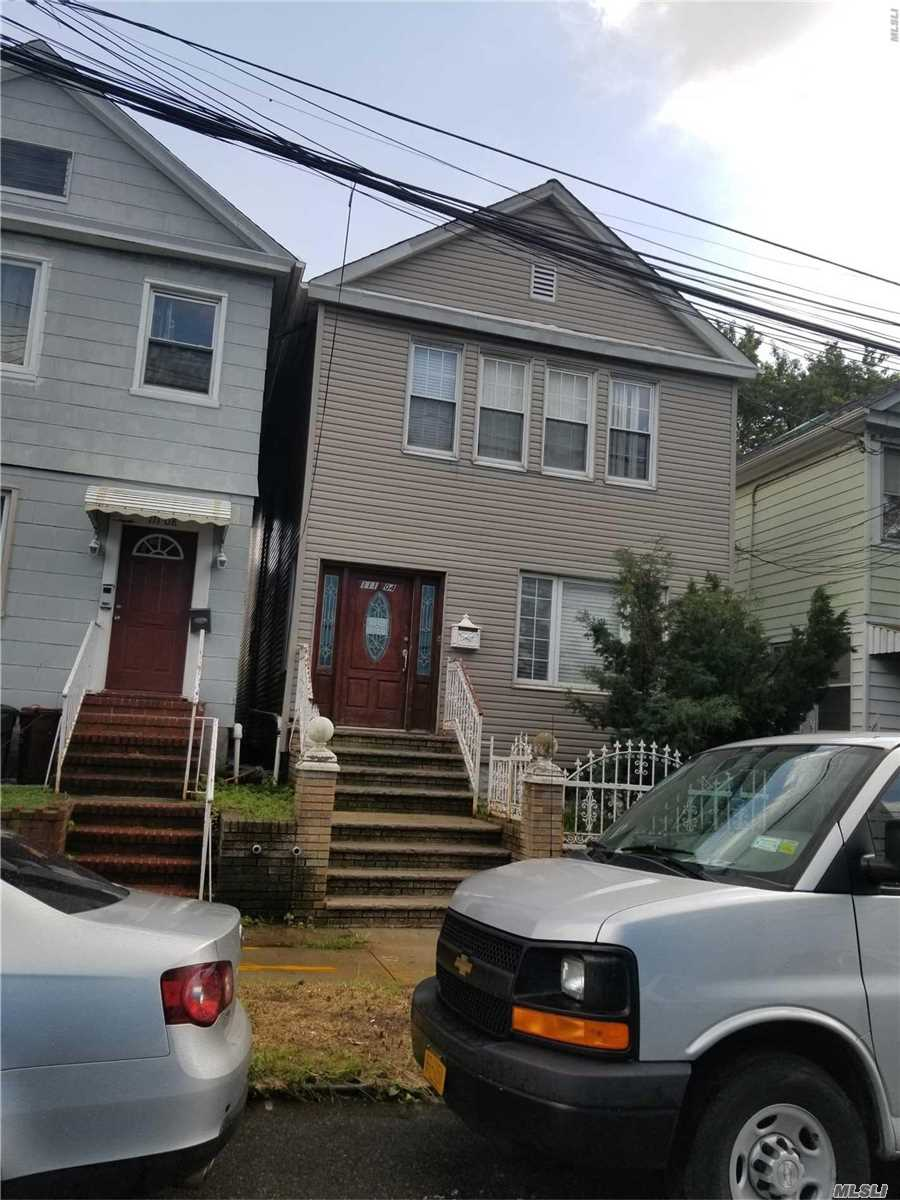 111-04 14 Ave College Point, NY 11356