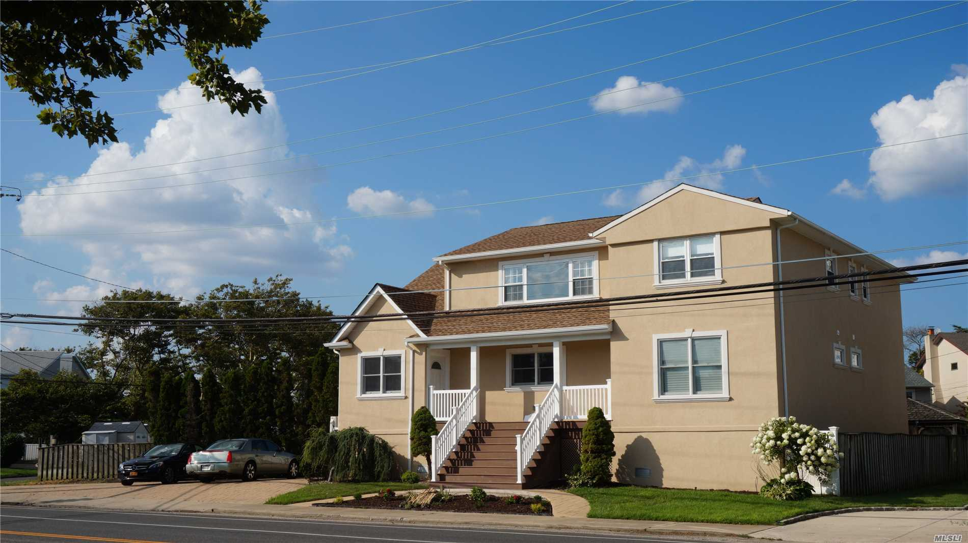 1590 Beech St Atlantic Beach, NY 11509