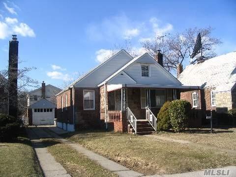115-56 225th St Cambria Heights, NY 11411