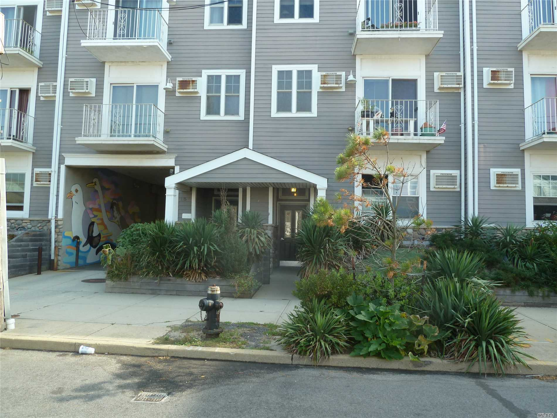 136 Beach 92nd St Rockaway Beach, NY 11693