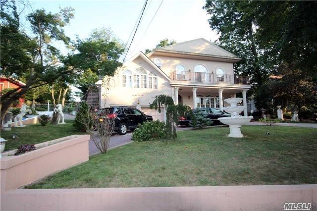 193-20 Keno Ave Holliswood, NY 11423