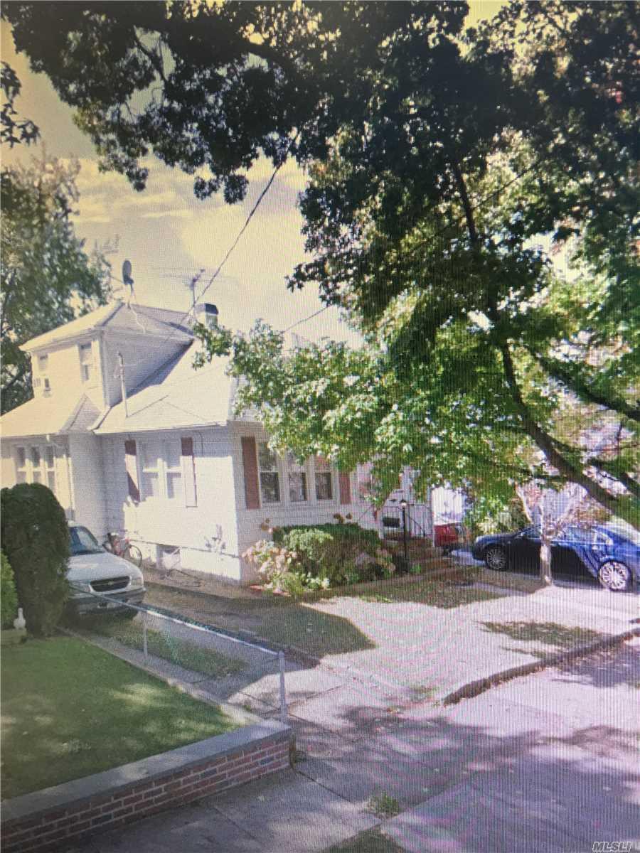 325 Franklin Ave Hewlett, NY 11557