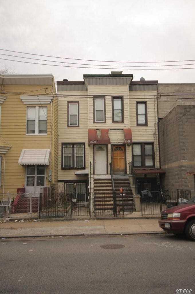 45-36 Pearson St Long Island City, NY 11101