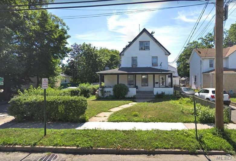 289 Washington Ave Cedarhurst, NY 11516